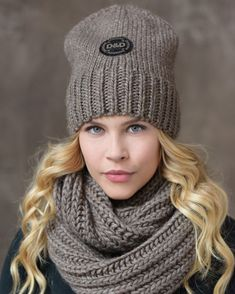 Sweater Hat, Scarf Hat, Crochet Animal Hats, Knitted Hats, Stylish Hats, Knitwear Fashion, Winter Hats For Women, Warm Outfits, Knitting Accessories