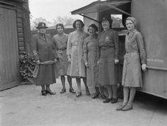 MAY 30 1943 Bombers kill 21 children during Sunday School Women of the Women's Voluntary Service (WVS) stand alongside the mobile canteen donated to Britain by the people of Montserrat. The WVS are running the canteen on behalf of the Ministry of Food. Ww2 Uniforms, Military Uniforms, Home Guard, Great Women, Working Woman, Women In History, One In A Million, Military History, Boy Scouts