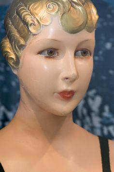 Vintage style mannequin head