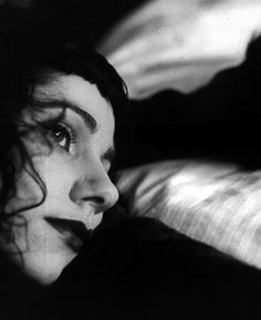 PJ Harvey - She's not really gothic but I love this photo!