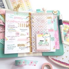 Pastel daintiness is bringing springtime bliss this week in my Light Teal Color Crush  #ColorCrushPlanners #wpplannerlove #websterspages