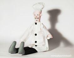 muñeco tela blanco botones negro cocinero cuiner oficios oficio bigote sombrero chef
