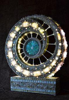 Mosaikkunst Mosaik-Skulptur & Mosaik-Lampe von NikkiEllaWhitlock