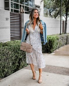 New dress maxi outfit casual denim jackets ideas Spring Fashion Trends, Spring Summer Fashion, Trendy Fashion, Autumn Fashion, Women's Fashion, Spring Style, Spring Hats, Spring Break, Fashion Styles