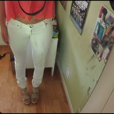 Lee, white jeggings Jegging material-so very comfortable! WORN ONCE Nasty Gal Pants