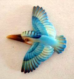 Toshikane Arita Hummingbird Button