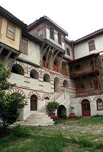 Το αρχονταρίκι της Ιεράς Μονής Κωσταμονίτου / The guest house of the Holy Monastery of Konstamonitou