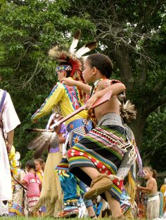 Shinnecock Indian Nation Powwow 2014 Shinnecock Reservation, Southampton, L.I., N.Y. Photo by Linda S Geiger ©