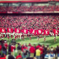 Here come the Huskers!