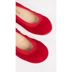 Yosi Samra Samara Ballet Flats ($67) ❤ liked on Polyvore featuring shoes, flats, pompeiian red, yosi samra flats, leather ballet flats, leather flats, colorful ballet flats and red leather shoes
