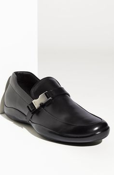 The devil wears prada. I love this devilish pair of shoes.