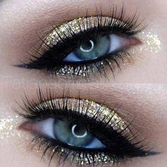 Makeup Ideas 2017/ 2018   Gold Glitter Eye Makeup.