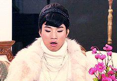 Daesung : Omo De l'eau de l'eau de l'eau ! Elle a plus de cul que moi !