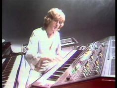 Electric Light Orchestra - Last Train to London Fuck off if you don't like this...