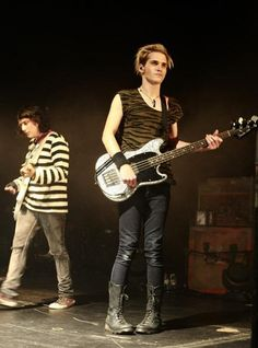 Mikey Way, My Chemical Romance and his awkward knees <3, frank is so short you gotta love it