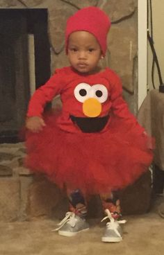 Diy no sew elmo halloween costume recipe holiday favorites diy elmo costume for less than 10 solutioingenieria Choice Image