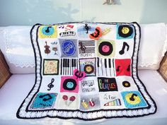 The SIBOLETTES have done it again with their donation squares – this blanket is themed around music and I love it!