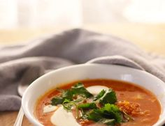 Red Lentil and Tomato Curry Soup, an easy 1 hour soup from start to finish! Try this as a healthy and tasty weeknight meal paired with some amazing crusty bread! | FusionCraftiness.com