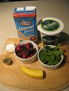 Pre workout smoothie: 1/2 c of almond milk 1/2 c yogurt 1-2 banana 1/2 scoop of protein powder 1 c mixed berries 1 c spinach 1 tbs of green tea leaves