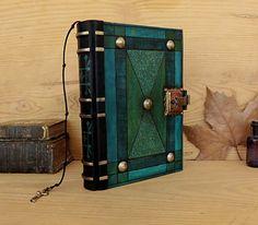 """Diario de cuero con cerradura y llave, azul y verde cuero - """"El turquesa"""""""