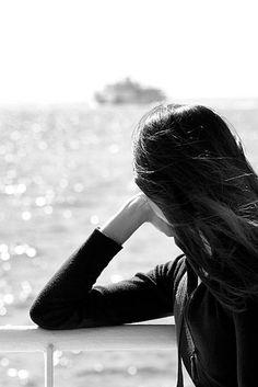 Il silenzio è un dono universale che pochi sanno apprezzare. Forse perché non può essere comprato. I ricchi comprano rumore..L'animo umano si diletta nel silenzio della natura, che si rivela solo a chi lo cerca... Charlie Chaplin