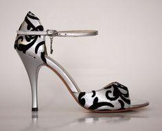 My goodness :] Women's Shoes, Shoe Boots, Dress Shoes, Shoe Bag, Shose Heels, Tacos Altos, Turquoise Shoes, Stiletto Heels, High Heels