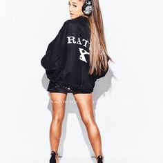 Ariana Grande is a singer and actress known for the songs The Way, Problem and her roles in Scream Queens, and as Cat Valentine on Victorious and Sam & Cat. Ariana Grande Feet, Ariana Grande Drawings, Ariana Grande Fotos, Ariana Grande Pictures, Adriana Grande, Bae, Dangerous Woman, Nice Legs, Celebrity Feet