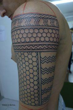 filipino tattoos ancient to modern Filipino Tribal Tattoos, Samoan Tattoo, Maori Tattoos, American Tattoos, Bild Tattoos, Black Tattoos, Shoulder Tattoo, Picture Tattoos, Sleeve Tattoos