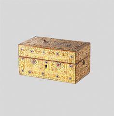 Giltwood rectangular Jeweled Box. Love it