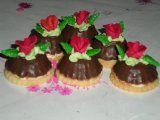 kokosové květináčky | Mimibazar.cz Pudding, Sweets, Cake, Desserts, Fours, Anna, Relax, Tailgate Desserts, Deserts