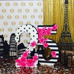 Красивые циферки для красивой девочки!!! #ярославе25 #красота #wow #backdrop #photobooth #photobooth #иринаунгарова #студиядекоракрасота #красота #дляособенныхклиентов #стильныйдекор #стильноеоформление