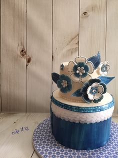 Denim and Diamonds theme cake by Cake It Is