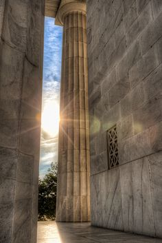Behind the Lincoln Memorial | Washington DC