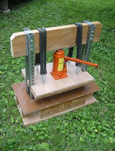 Bottle-Jack Press by Voxphoto, via Flickr