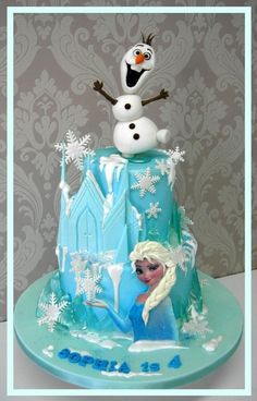 Frozen themed Cake - Cake by Mel_SugarandSpiceCakes