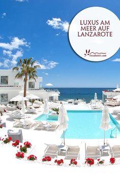 Einen Urlaub in malerischer Kulisse und auf höchstem Niveau verbringen Sie im luxuriösen Lani's Suites De Luxe auf Lanzarote. Das Adults Only Hotel befindet sich direkt am beliebten Strand von Puerto del Carmen. Modernstes Interieur, ein hervorragender und jederzeit aufmerksamer Service, ein absolut großartiges Restaurant und ein Wellnesscenter sind nur einige der Vorzüge des adults only Design-Hotels mit atemberaubendem Blick auf den Atlantischen Ozean.
