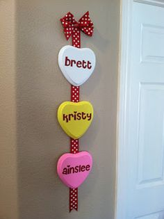 Craftin' on my door: Valentine's home decor project...