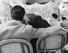 Bert Hardy   Sunday Morning at the Champs-Élysées, Paris, 1951
