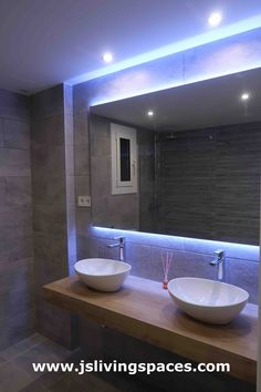 Baño Bathroom Lighting, Living Spaces, Mirror, Furniture, Home Decor, Bathroom, Quartos, Bathroom Light Fittings