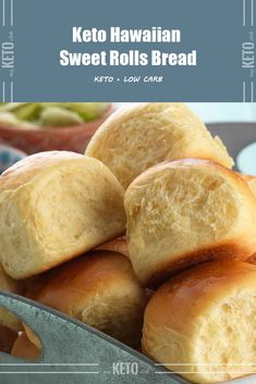 Diet Recipes If you are on a Low Carb or Keto diet and want the taste of some really good Hawaiian Sweet Rolls Bread. Having homemade bread throughout the week is well, kind of amazing. Keto Hawaiian Sweet Rolls Bread – You must try this recipe. Low Carb Bread, Low Carb Diet, Best Keto Bread, Hawaiian Sweet Rolls, Hawaiian Buns, Keto Meal Plan, Keto Snacks, Keto Desserts, Dessert Recipes