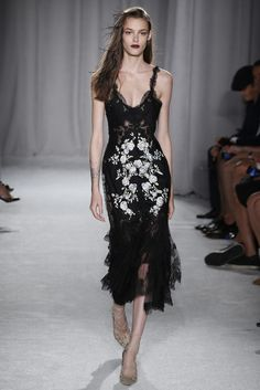 Marchesa RTW Spring 2014 - Slideshow - Runway, Fashion Week, Reviews and Slideshows - WWD.com