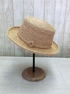 AMU-187 Manish hat by Emiko Kamata (鎌田恵美子) - free Japanese crochet pattern with universal charts/diagrams.