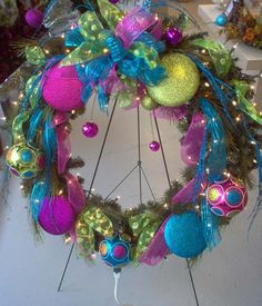Christmas is on the Corner. Decorate your home with amazing Christmas wreaths. Here are some beautiful Christmas wreath decorating ideas you may consider. Christmas Decoration Items, Diy Christmas Ornaments, Xmas Decorations, Christmas Ideas, Merry Christmas, Christmas Gifts, Artificial Christmas Wreaths, Holiday Wreaths, Office Christmas