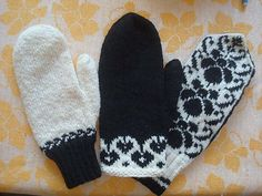 This is a pattern with three different mystery mittens for Sticka's members.