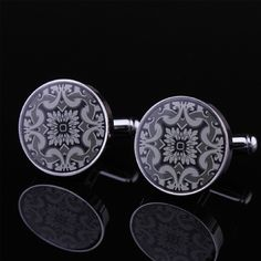 Embellish your outfit with this High Grade Luxury Giftware Retro Men's Formal Cufflinks with Great-looking Pattern and poise a more polished fashion. Price US$35.79
