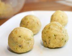 Rezept für Spinat-Schafskäseknödel aus dem Dampfgarer