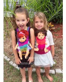 Crochet Baby Girl The Larsen Daily: Crochet baby carrier pattern **FREE** Baby Doll Clothes, Crochet Doll Clothes, Crochet Dolls, Baby Dolls, Diy Clothes, Baby Doll Carrier, Crochet Baby Blanket Beginner, Doll Patterns Free, Pouch Pattern