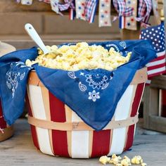 100 cheap and easy July DIY Party Decor Ideas - Prudent Penny Pincher ideas event ideas party ideas wall Fourth Of July Decor, 4th Of July Celebration, 4th Of July Decorations, 4th Of July Party, Diy Party Decorations, July 4th, 4th Of July Ideas, Party Crafts, 4th Of July Food Sides