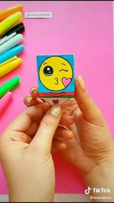 Diy Crafts Hacks, Paper Crafts Origami, Diy Crafts For Gifts, Paper Crafts For Kids, Diy Arts And Crafts, Craft Tutorials, Diy For Kids, Fun Crafts, Make A Gift