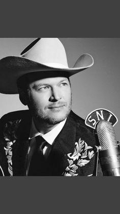 Country Music Stars, Country Music Singers, Celebrity Travel, Celebrity Crush, Game Of Thrones Sam, Blake Shelton Baby, Black Shelton, Matchbox Twenty, Architecture Tattoo